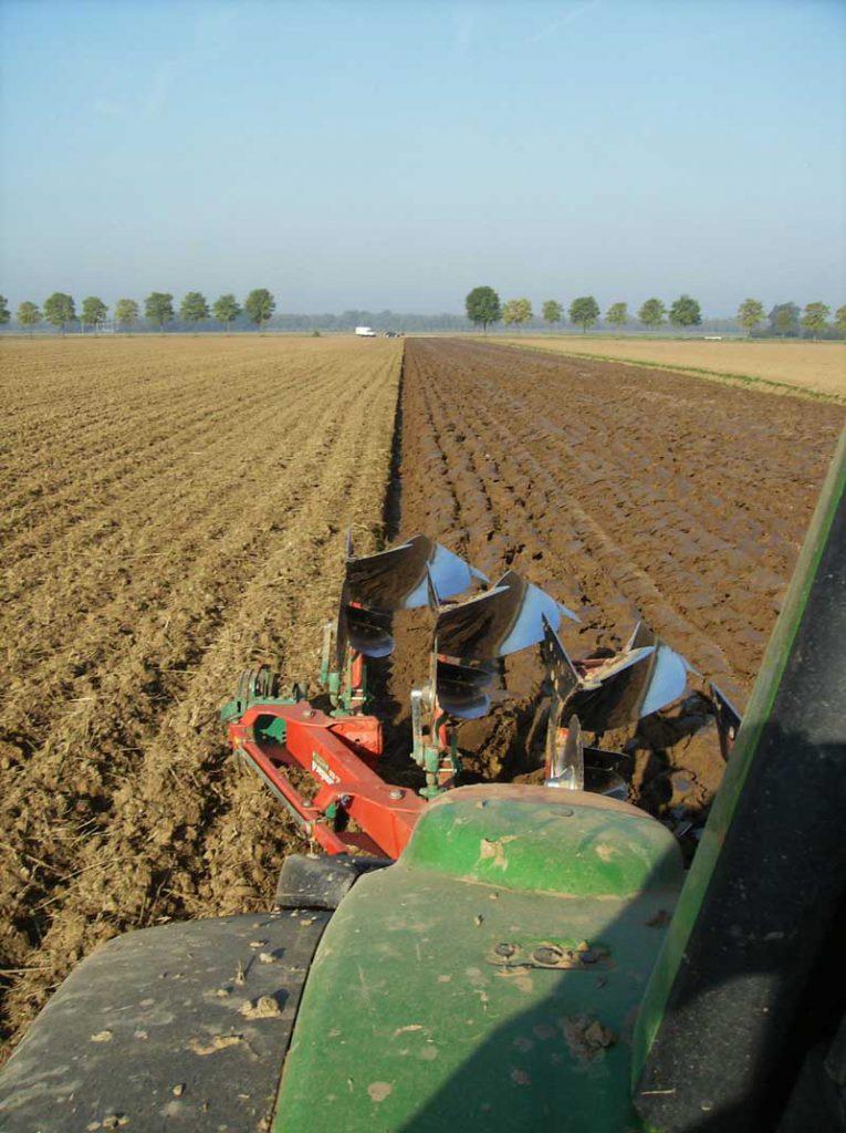 En veldrænet mark giver planterne langt bedre vilkår og øger markens udbytte markant. Foto: PR.